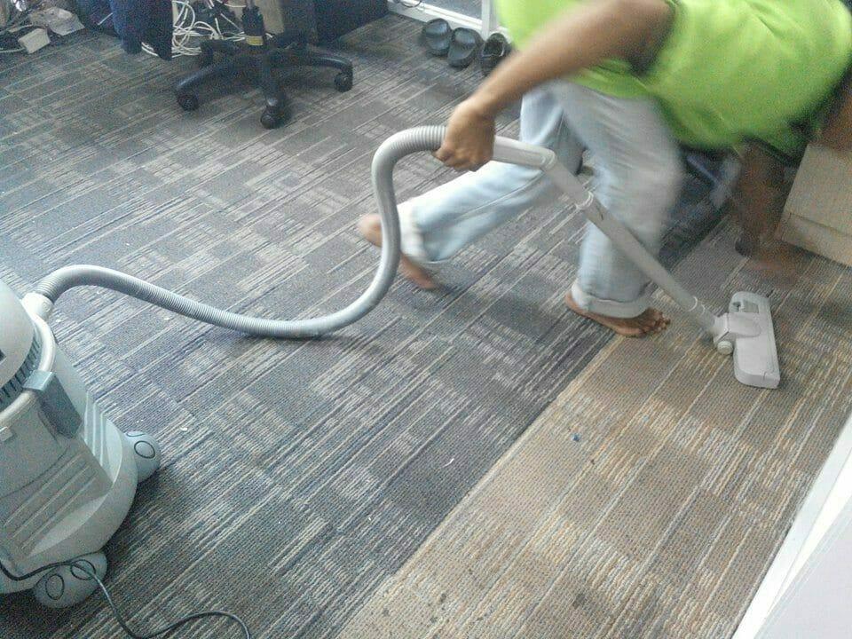 cuci-karpet-kantor-pt-pertamina-tahap-1-10