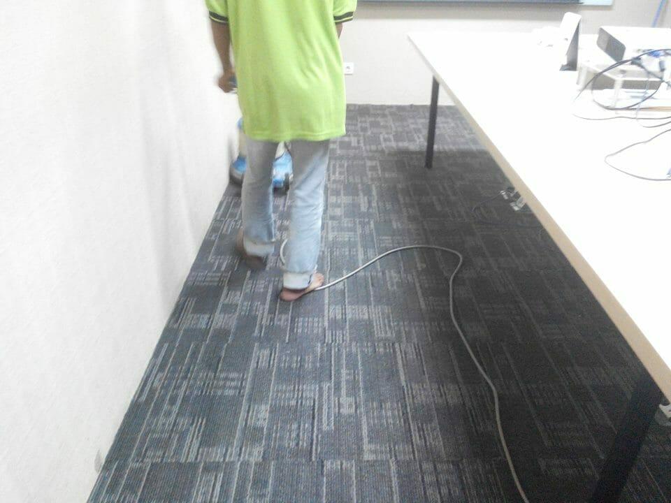 cuci-karpet-kantor-pt-pertamina-tahap-1-11