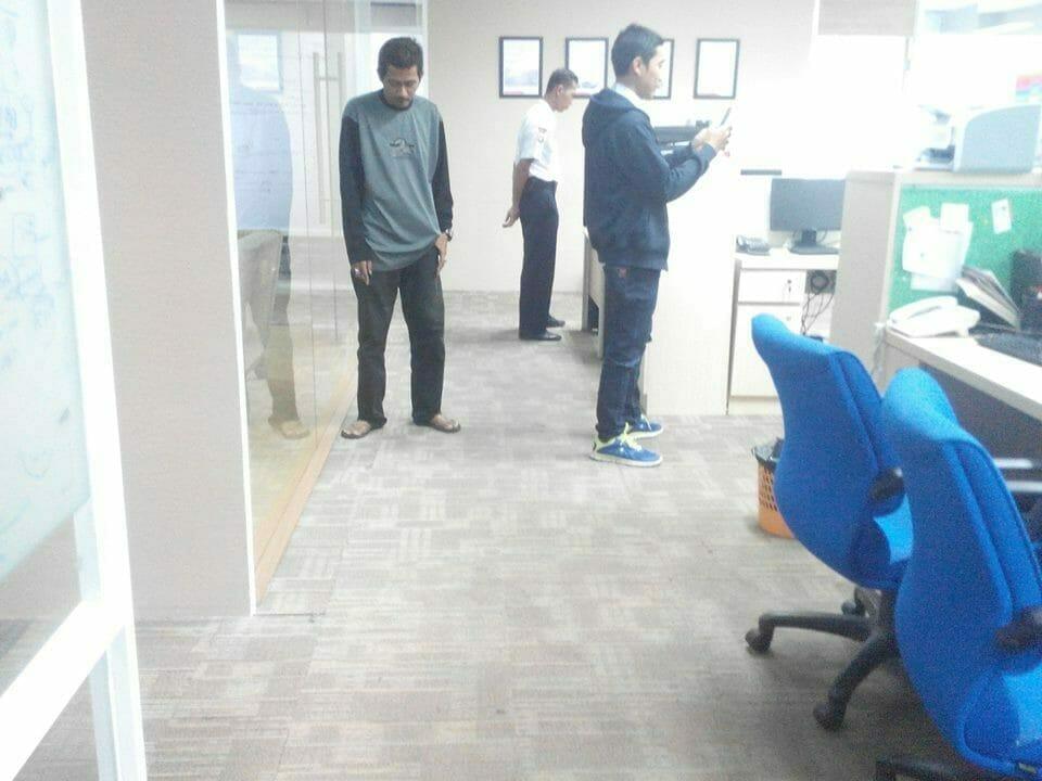 cuci-karpet-kantor-pt-pertamina-tahap-1-13