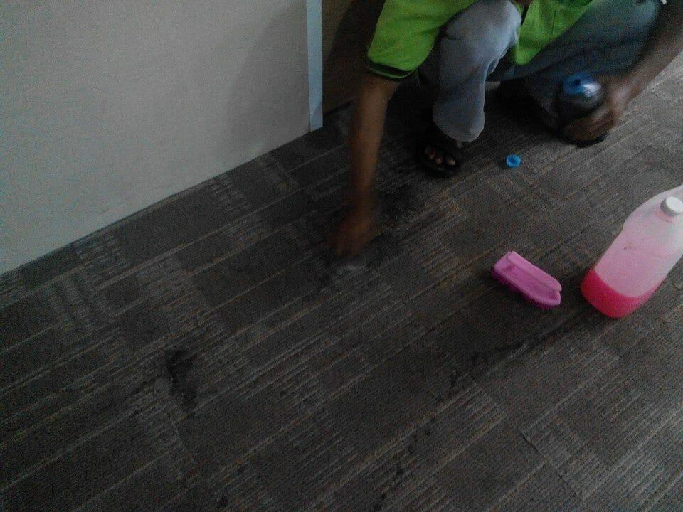 cuci-karpet-kantor-pt-pertamina-tahap-1-16