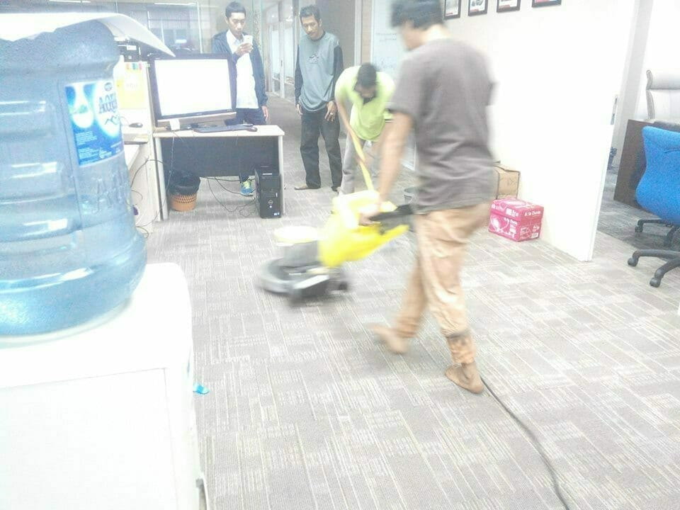cuci-karpet-kantor-pt-pertamina-tahap-1-26