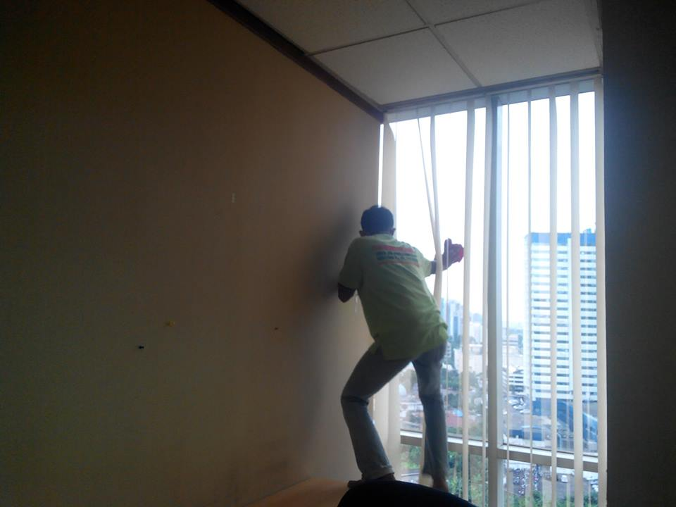 general-cleaning-pt-sekawan-intipratama-tbk-03