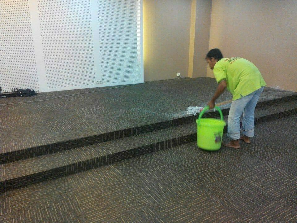 cuci-karpet-kantor-dwp-dirjen-bina-marga-02