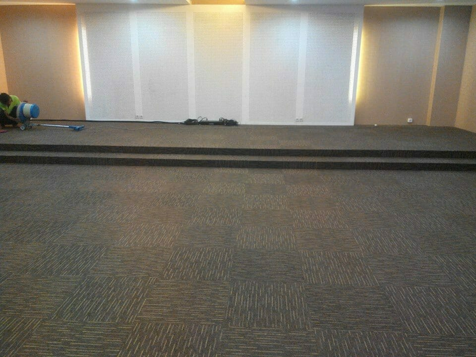 cuci-karpet-kantor-dwp-dirjen-bina-marga-04