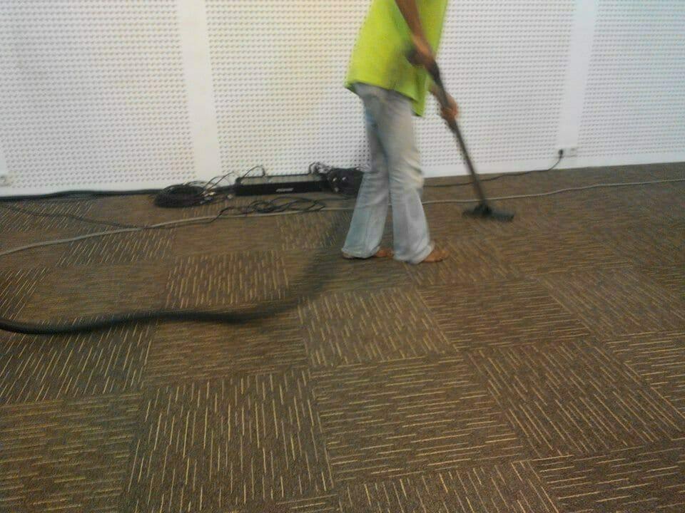 cuci-karpet-kantor-dwp-dirjen-bina-marga-07
