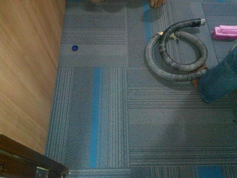 cuci-karpet-kantor-pt-eka-warna-01