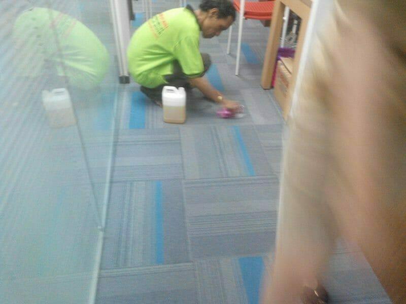 cuci-karpet-kantor-pt-eka-warna-06