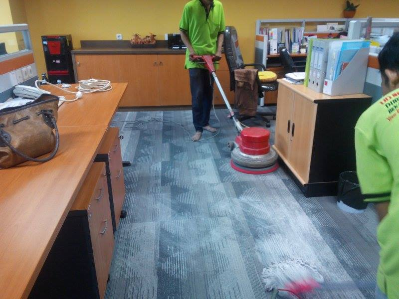 Cuci Karpet Kantor PT Spire Indonesia | Jasa Cuci Karpet