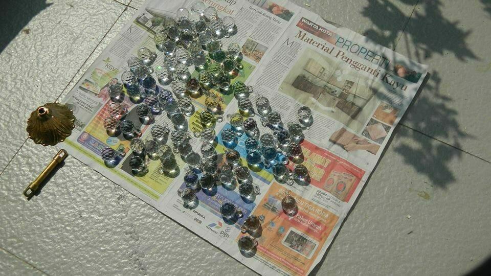 cuci-lampu-kristal-ibu-annie-13