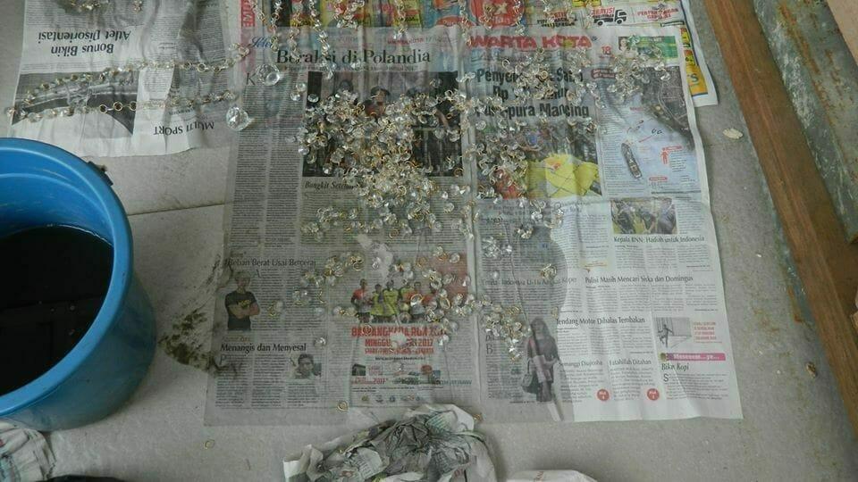cuci-lampu-kristal-ibu-annie-23