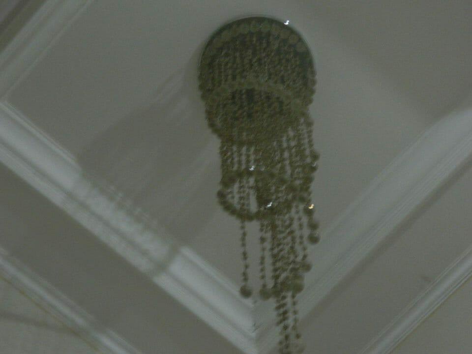 cuci-lampu-kristal-ibu-vera-19