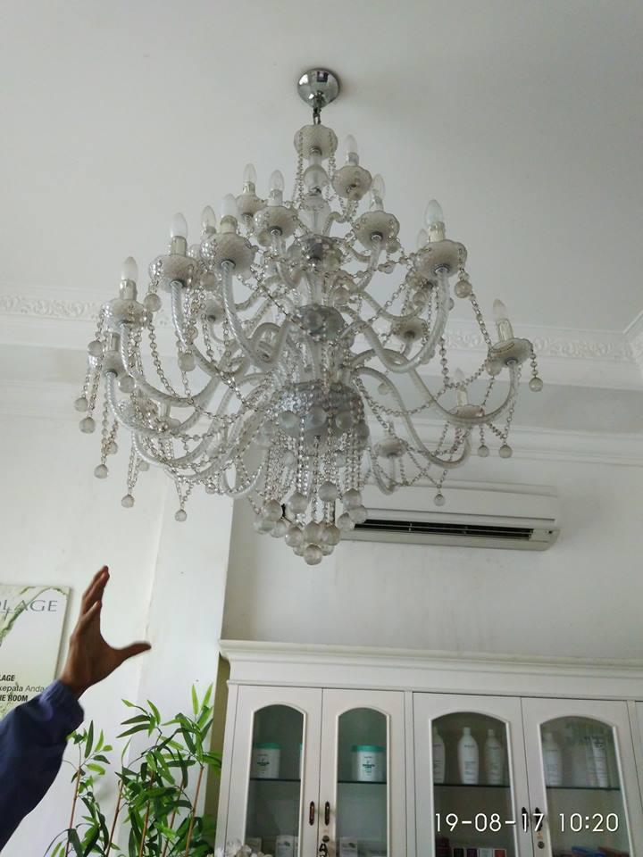cuci-lampu-kristal-alexa-grace-salon-01