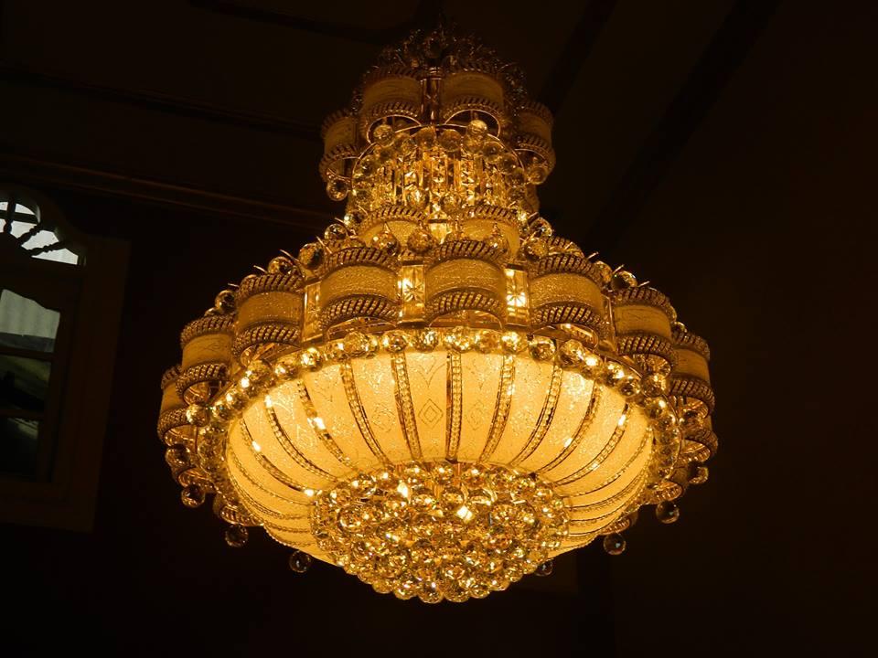 Cuci Lampu Kristal Ibu Hj Aliyah | Jasa Cuci Lampu Kristal