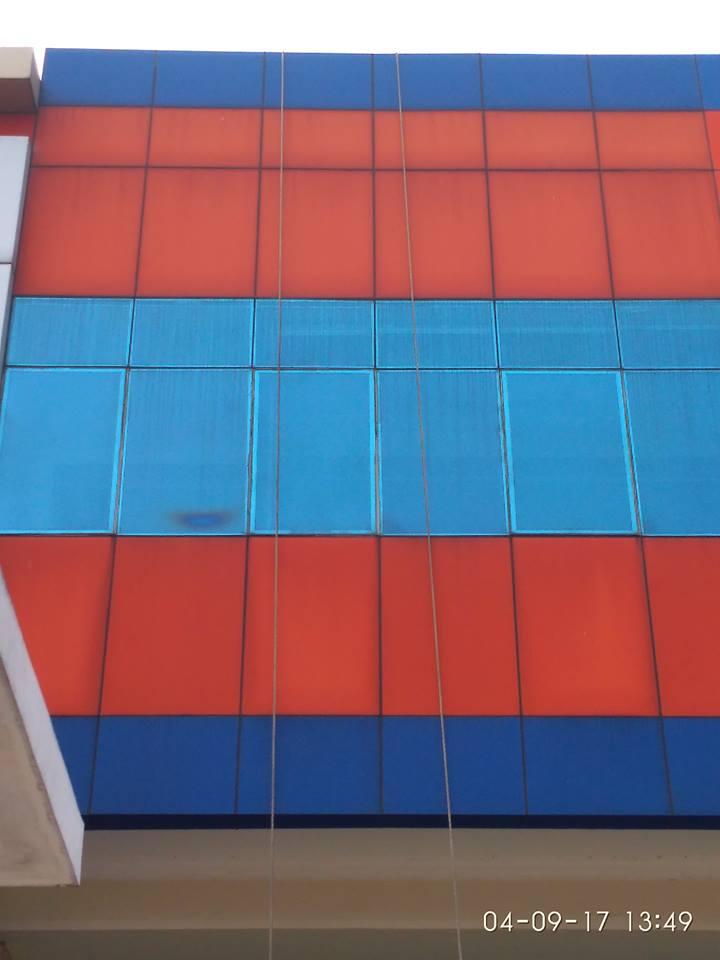 cuci-alucobond-gedung-dan-kaca-gedung-grakindo-12
