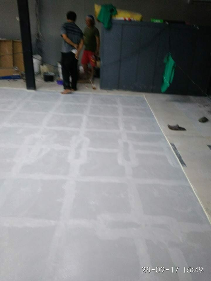 epoxy-lantai-bengkel-di-pluit-permai-01