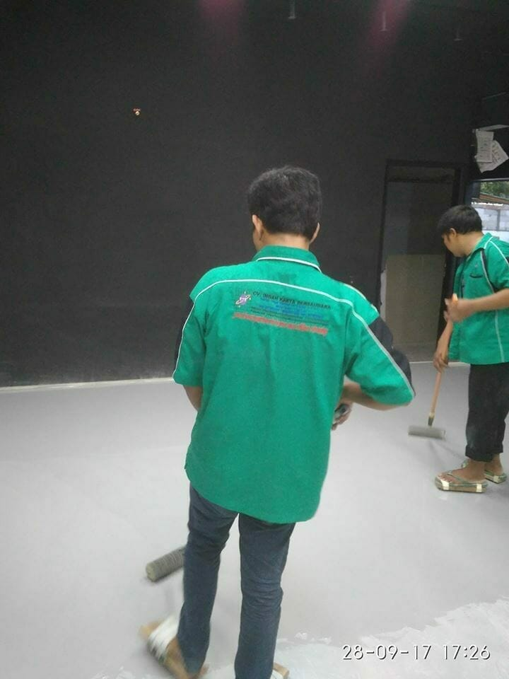 epoxy-lantai-bengkel-di-pluit-permai-14