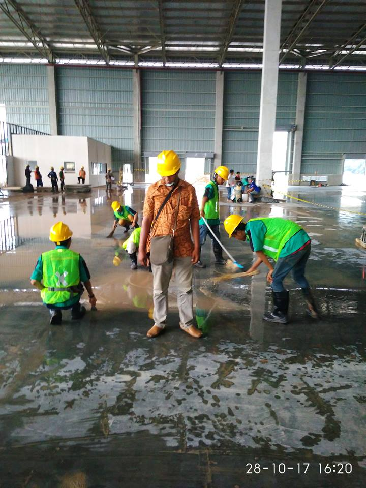 general-cleaning-gudang-ark-logistics-06