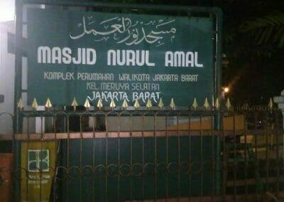 cuci-karpet-masjid-nurul-amal-01