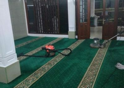 cuci-karpet-masjid-nurul-amal-09