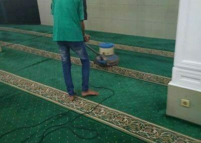 cuci-karpet-masjid-nurul-amal-10