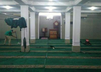 cuci-karpet-masjid-nurul-amal-13