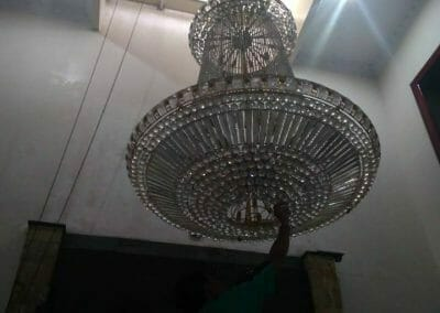 cuci-lampu-kristal-engkoh-arifin-02