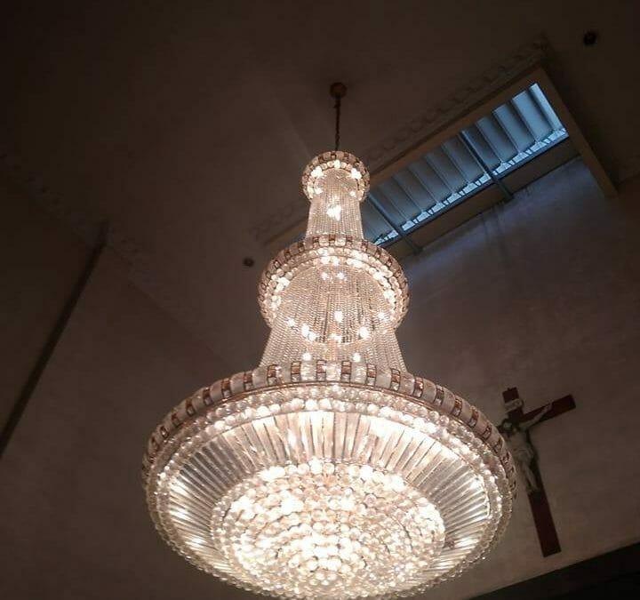 Cuci Lampu Kristal Engkoh Arifin