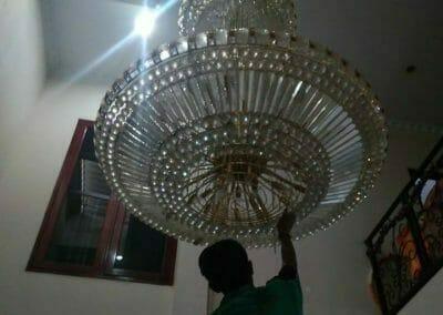 cuci-lampu-kristal-engkoh-arifin-07