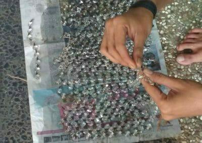 cuci-lampu-kristal-masjid-darul-irfan-21