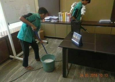 cuci-karpet-cuci-kursi-kantor-pt-parna-raya-05