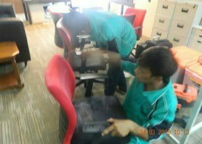 cuci-karpet-cuci-kursi-kantor-pt-parna-raya-06