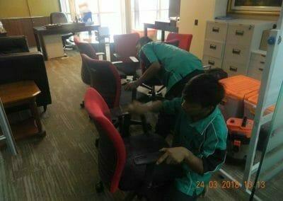 cuci-karpet-cuci-kursi-kantor-pt-parna-raya-07