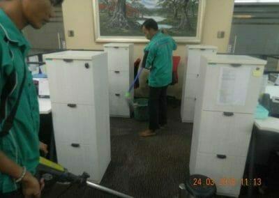 cuci-karpet-cuci-kursi-kantor-pt-parna-raya-19
