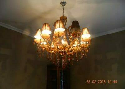 cuci-lampu-kristal-cuci-sofa-cuci-springbed-ibu-luna-01