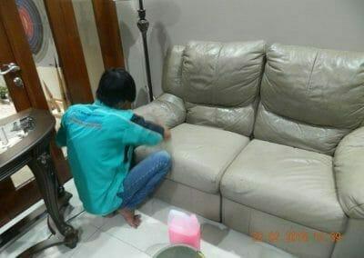 cuci-lampu-kristal-cuci-sofa-cuci-springbed-ibu-luna-23