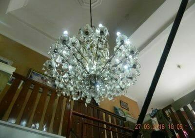 cuci-lampu-kristal-ibu-ayu-03