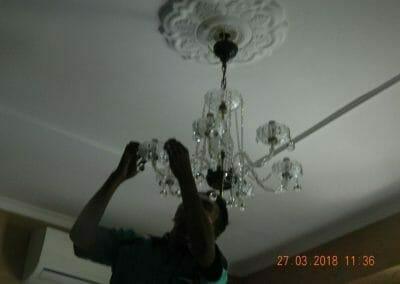 cuci-lampu-kristal-ibu-ayu-30