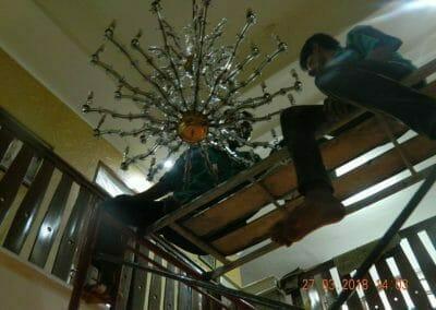 cuci-lampu-kristal-ibu-ayu-35