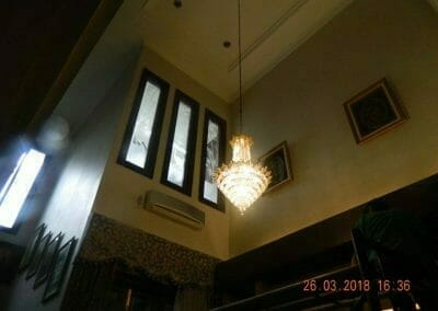 cuci-lampu-kristal-ibu-ning-01