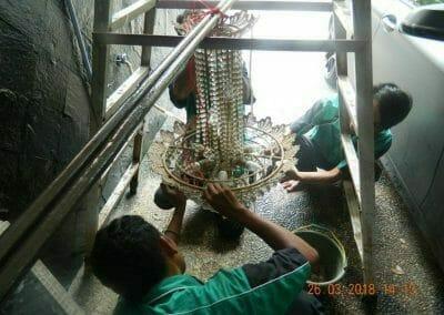 cuci-lampu-kristal-ibu-ning-14