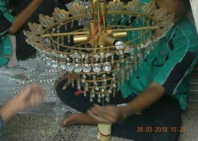 cuci-lampu-kristal-ibu-ning-17