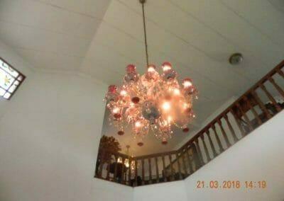 cuci-lampu-kristal-ibu-s-s-01