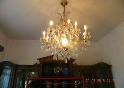 cuci-lampu-kristal-ibu-s-s-03