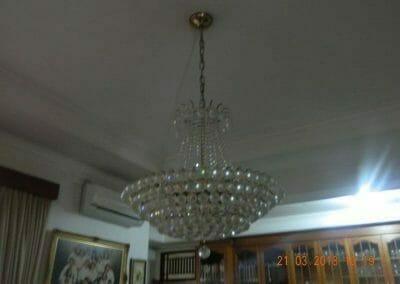 cuci-lampu-kristal-ibu-s-s-07
