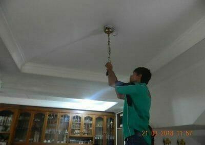 cuci-lampu-kristal-ibu-s-s-41
