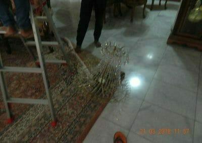 cuci-lampu-kristal-ibu-s-s-42