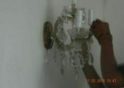cuci-lampu-kristal-ibu-s-s-62