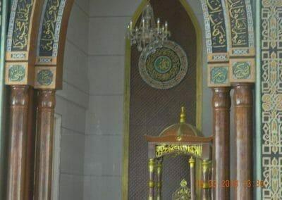 cuci-lampu-kristal-masjid-at-taqwa-16