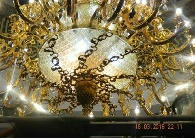 cuci-lampu-kristal-masjid-at-taqwa-34