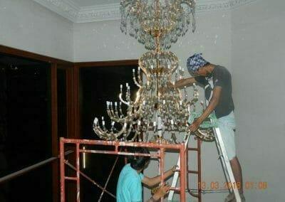pasang-lampu-kristal-bapak-danny-43